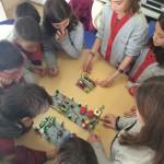 ¿Qué habilidades sociales pueden desarrollarse con LEGO Education ROBOTIX?