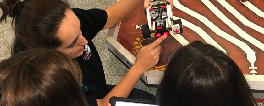 Actividad LEGO Education ROBOTIX en g4g Day Barcelona