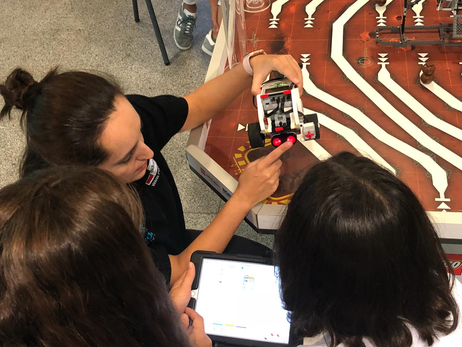 Actividad LEGO Education ROBOTIX en g4g Day Barcelona