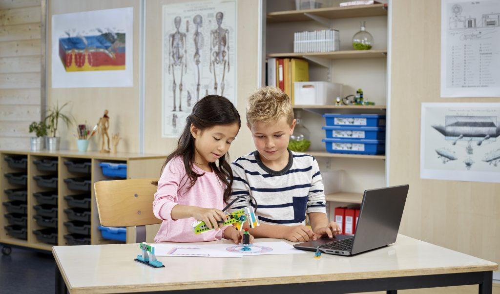 Importancia del aprendizaje continuo con LEGO Education ROBOTIX