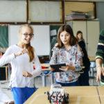 Vuelta a las aulas: ¿qué es y cómo impulsar la educación STEM?