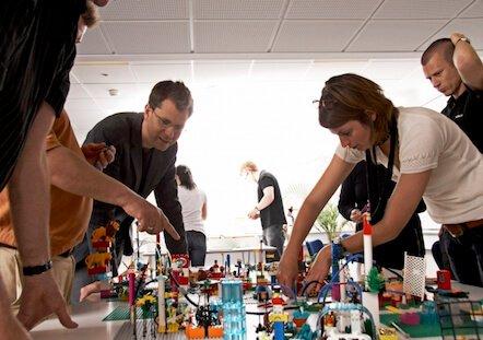 Servicios Educativos Empresas - LEGO SERIOUS Play
